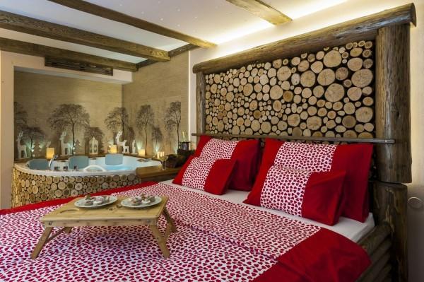 Romance in the Gozdna vila room